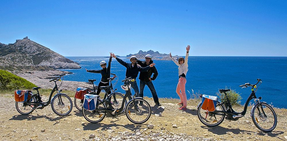 E-bike day Marseille to Calanques (seaside - beaches - coves) Duration 6 -7 h - 35 km