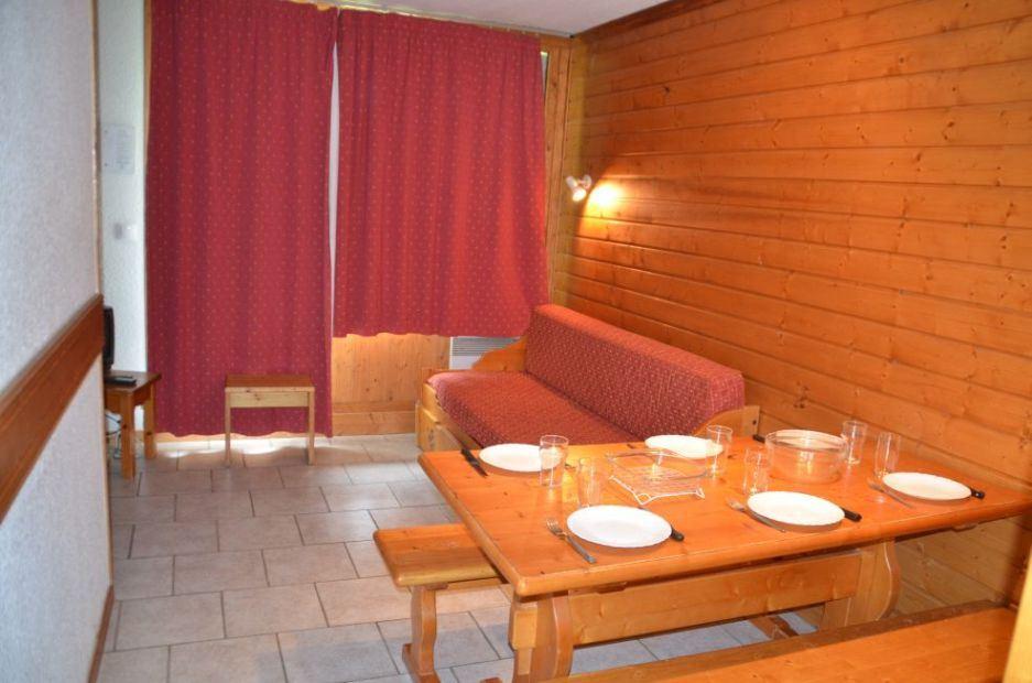 Studio cabine 5/6 Pers skis aux pieds / VILLARET 225