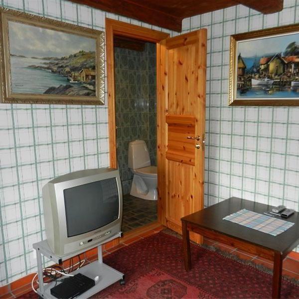 © Kävlinge Turistbyrå, Ingång till toa med dusch från vardagsrummet