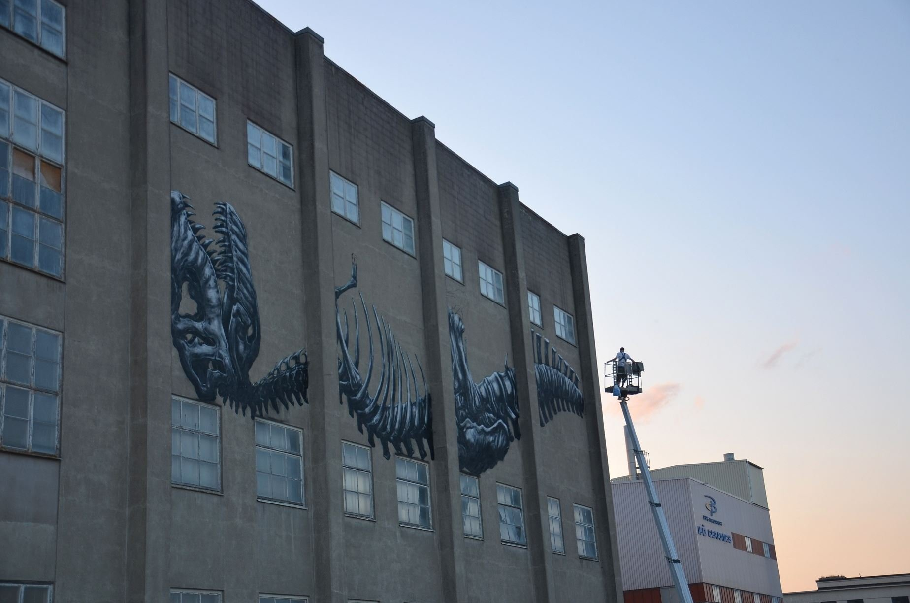 Christina Hedlund, Mural by street artist ROA