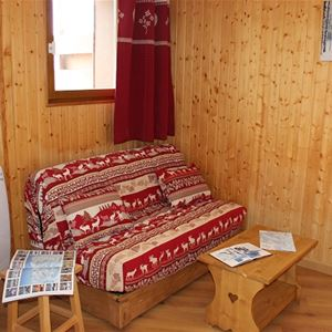 REINE BLANCHE 57 / APPARTEMENT 2 PIECES CABINE 4 PERSONNES - 2 FLOCONS BRONZE - VTI