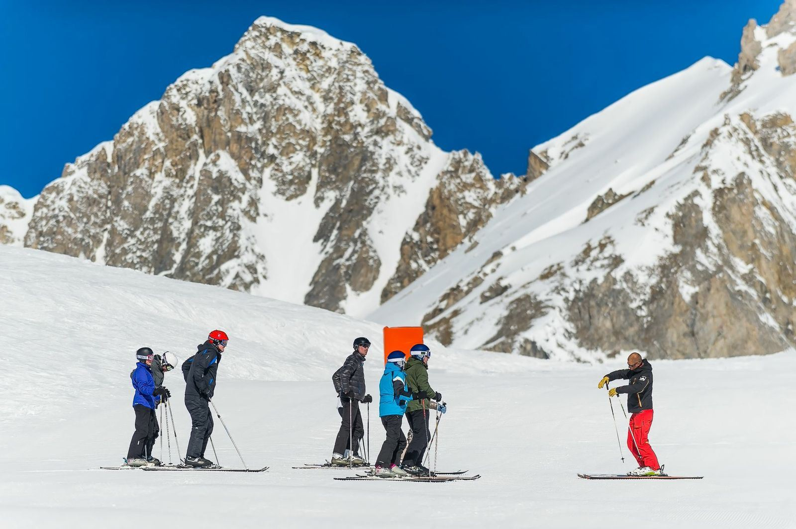 Beginner intensive ski session full day for adults from 13 years old without lunch 5 days - ski school Evolution 2