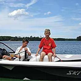 FOTO: Vittsjö vattenskidklubb, Wasserskiverein in Vittsjö