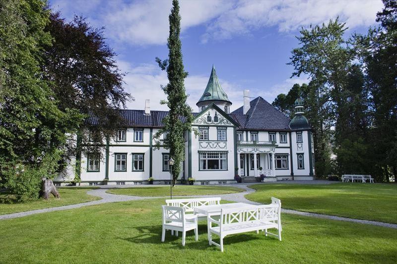 Bårdshaug Manor