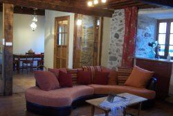 © © , HPG105 - Ancienne maison bigourdane dans le Val d'Azun