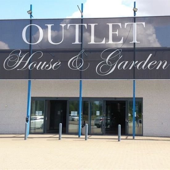 Outlet House & Garden (Bossons)