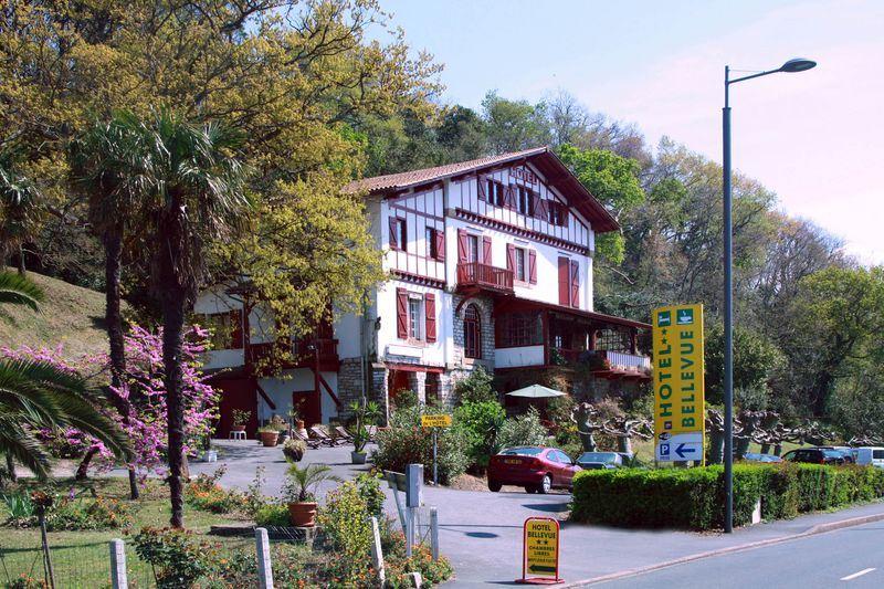 Hôtel Bellevue **