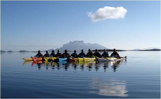 Basic course in sea kayaking (12-16 hours)