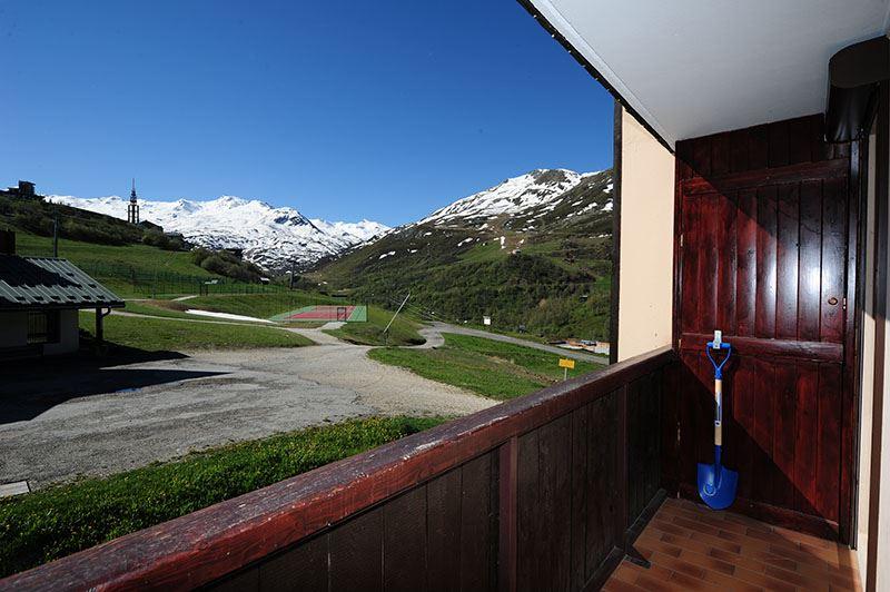 Studio 4 Pers skis aux pieds / SARVAN 524