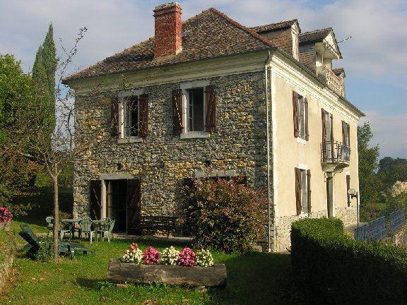 HPG99 - Maison de caractère à proximité de Lourdes