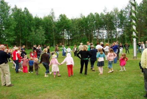 Midsummer Celebration, Östbjörka bystuga