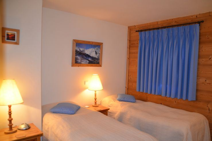 3 Rooms cabin 6 Pers ski-in ski-out / ALTITUDE 5