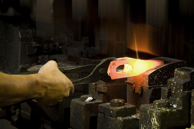 Axe Forging Gränsfors,  © Axe Forging Gränsfors, Smideskurs - Grund