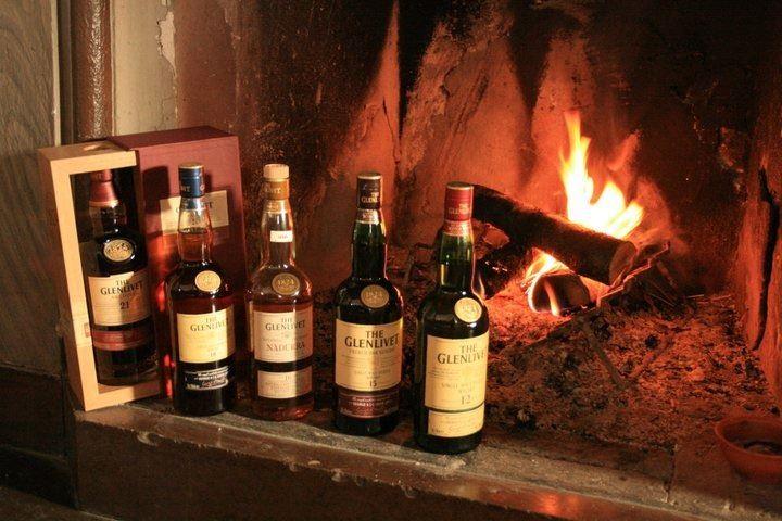 Johan palmborg, Vårt Whiskysortiment på över 180 sorter är ett måste för den malt intresserade.