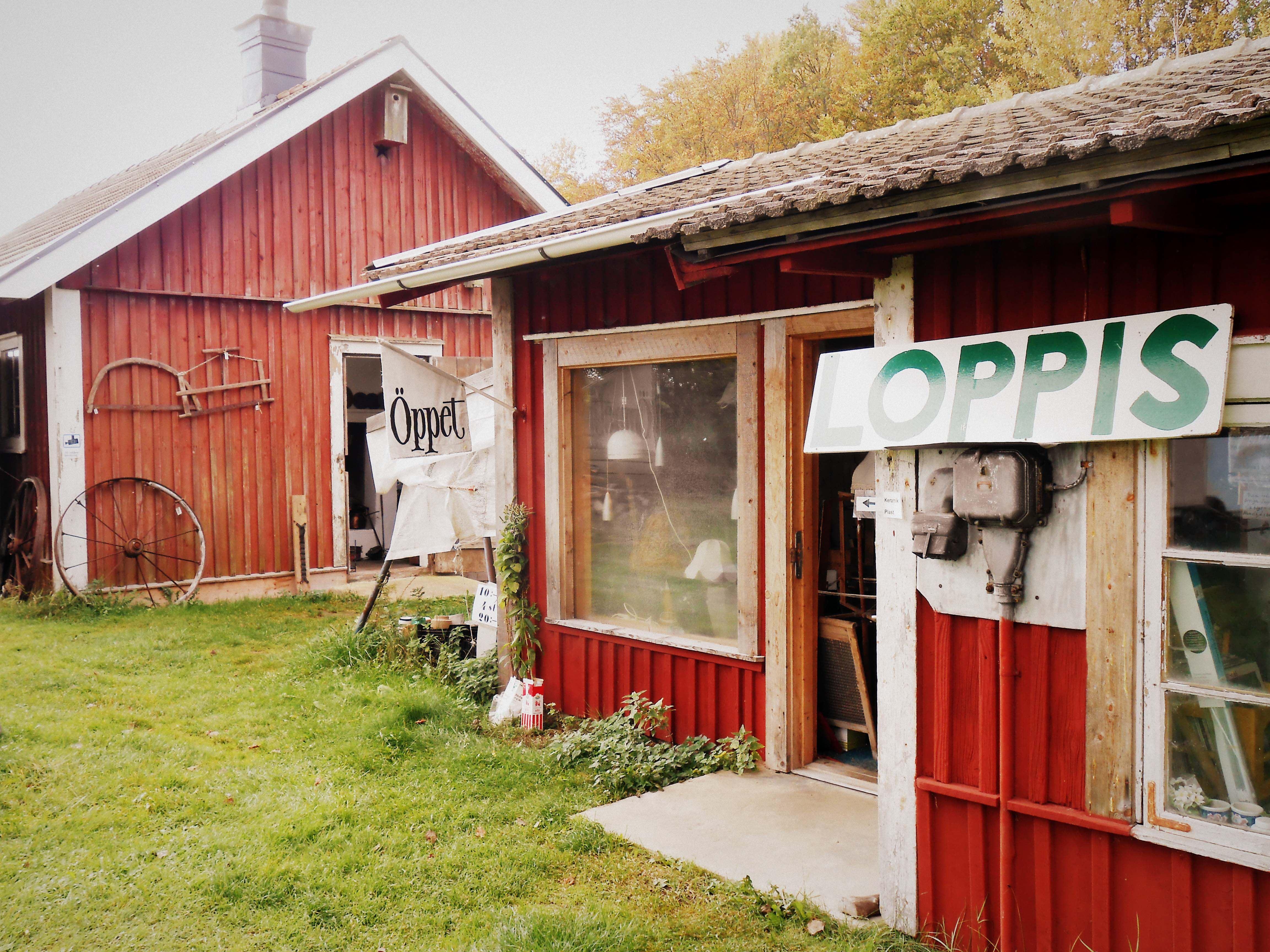 Maria Soneson,  © Maria Soneson, Hemslöjd och Loppis i  Bredaslätt