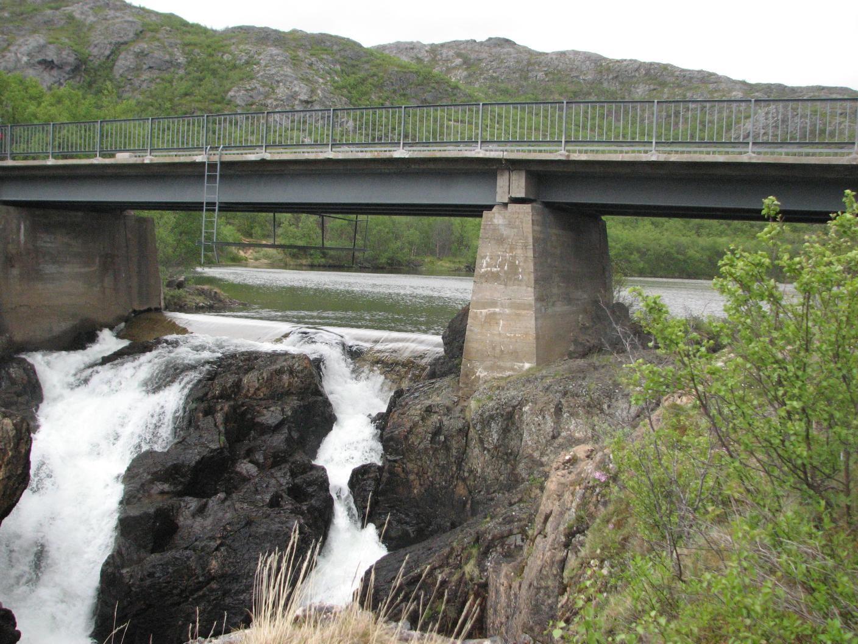 Adamsfossen falls