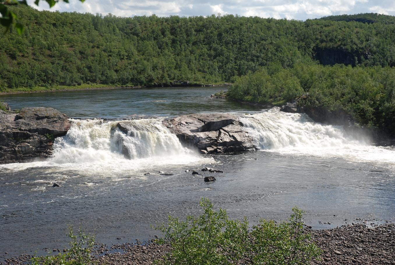 Pikefossen falls