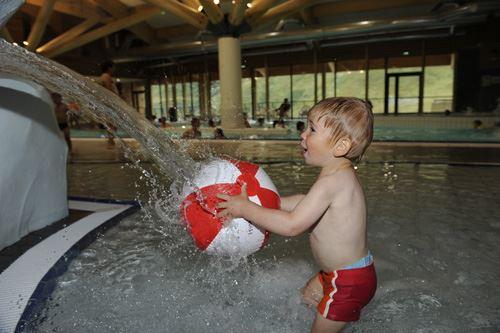 Sport and Wellness Centre in La Croisette or Aquafun and Wellness Centre in Les Bruyères - Les Menuires