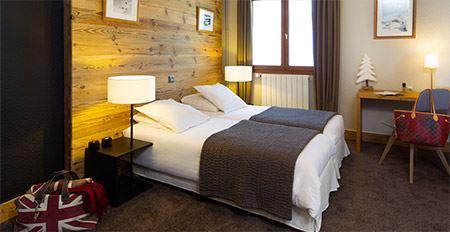 Hôtel skis aux pieds / HILLARY HOTEL