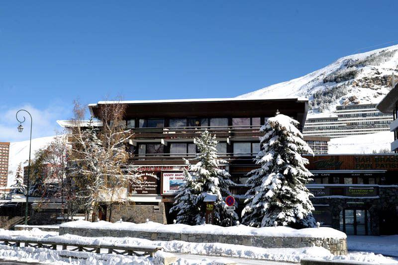 3 Pièces 8 Pers skis aux pieds / BEAUFORTAIN 20