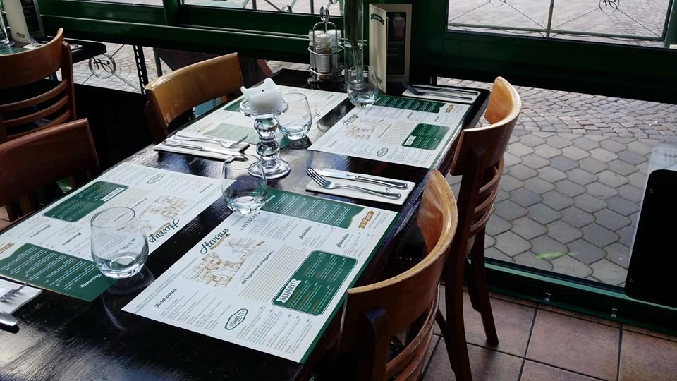 Harrys pub & restaurang