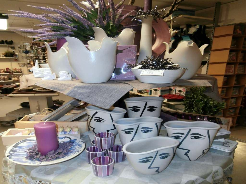 Ceramics factory Gabriel with shop