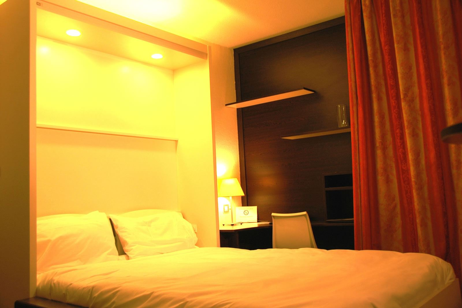 At Home Appart-Hôtel