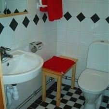 © Södervidinge Bed & Breakfast, Röda badrummet
