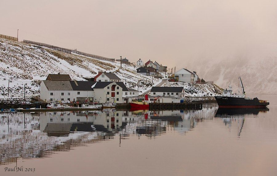 Paul Nilsen, Akkarfjord Hostel