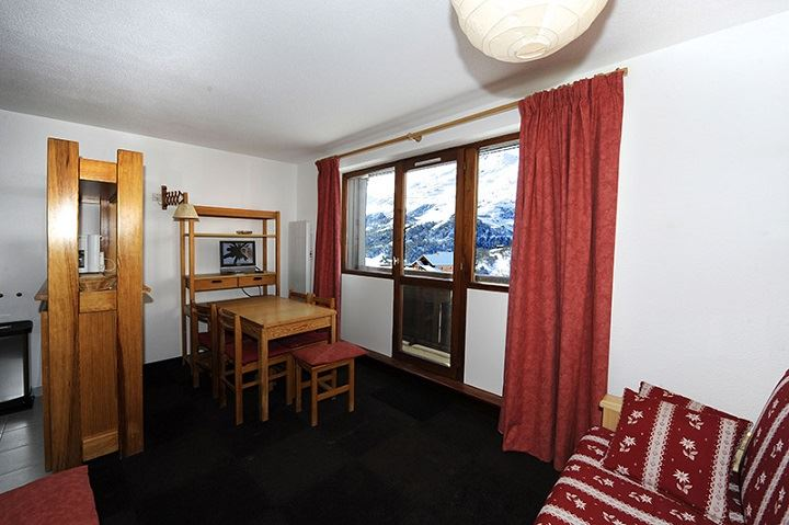 Studio 4 Pers skis aux pieds / SARVAN 411