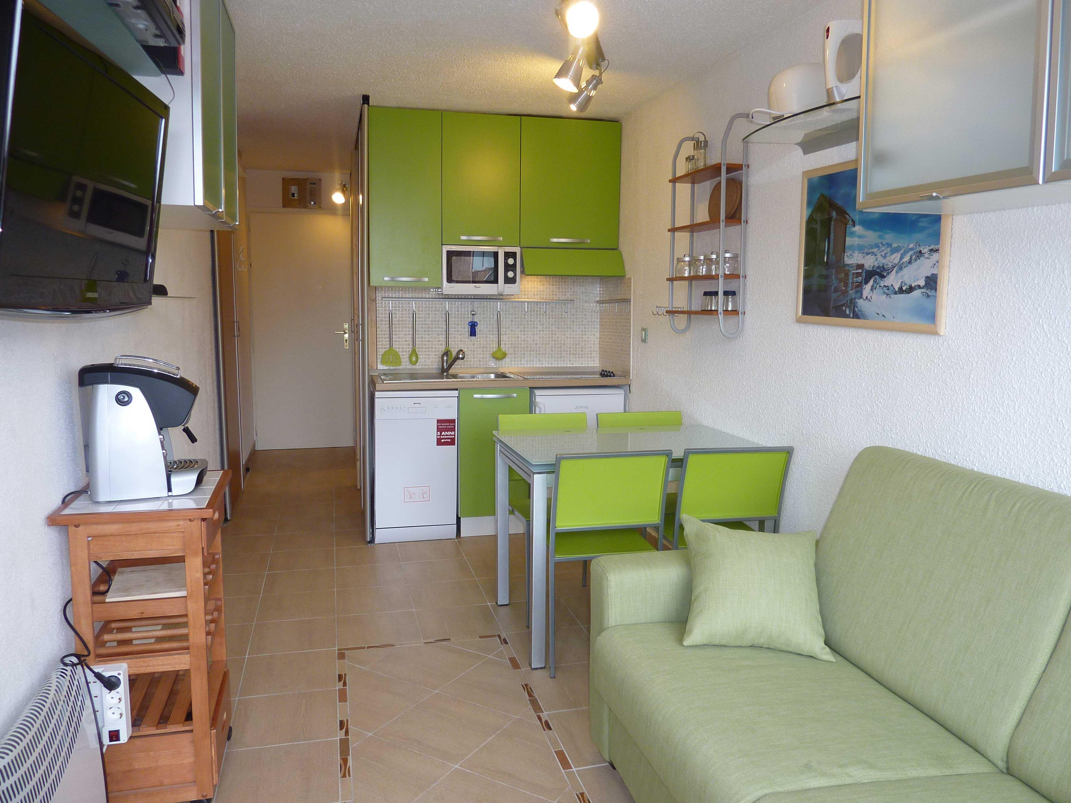Lauzières 110 > Studio+cabin - 3 Persons - 3 Silver Snowflakes