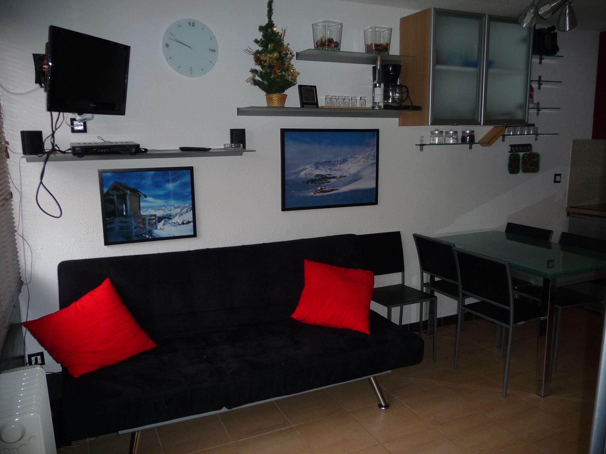 Lauzières 423 > 2 Rooms + Cabin - 4 Persons - 3 Silver Snowflakes (MCI)