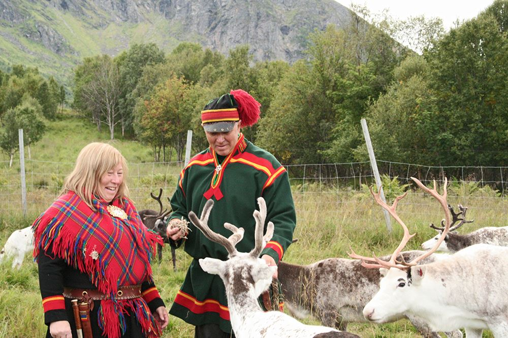 marten bril,  © inga sami siida, Sami Culture - Inga Sami Siida