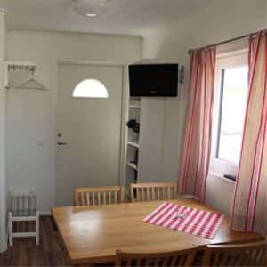House 9 (4 beds, 20 m², WC/no shower, pets allowed)