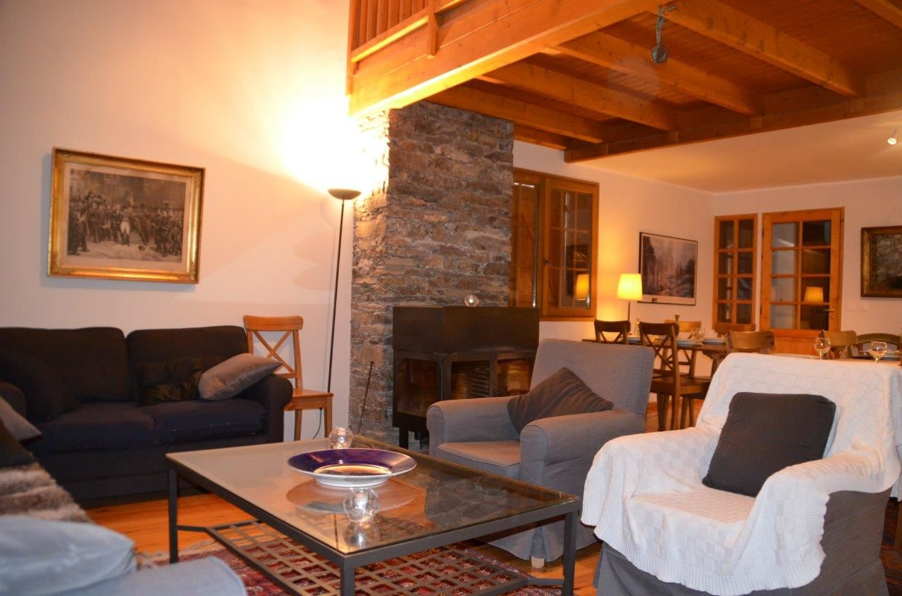 6 Pièces 10 Pers / CHALET BLANCHE