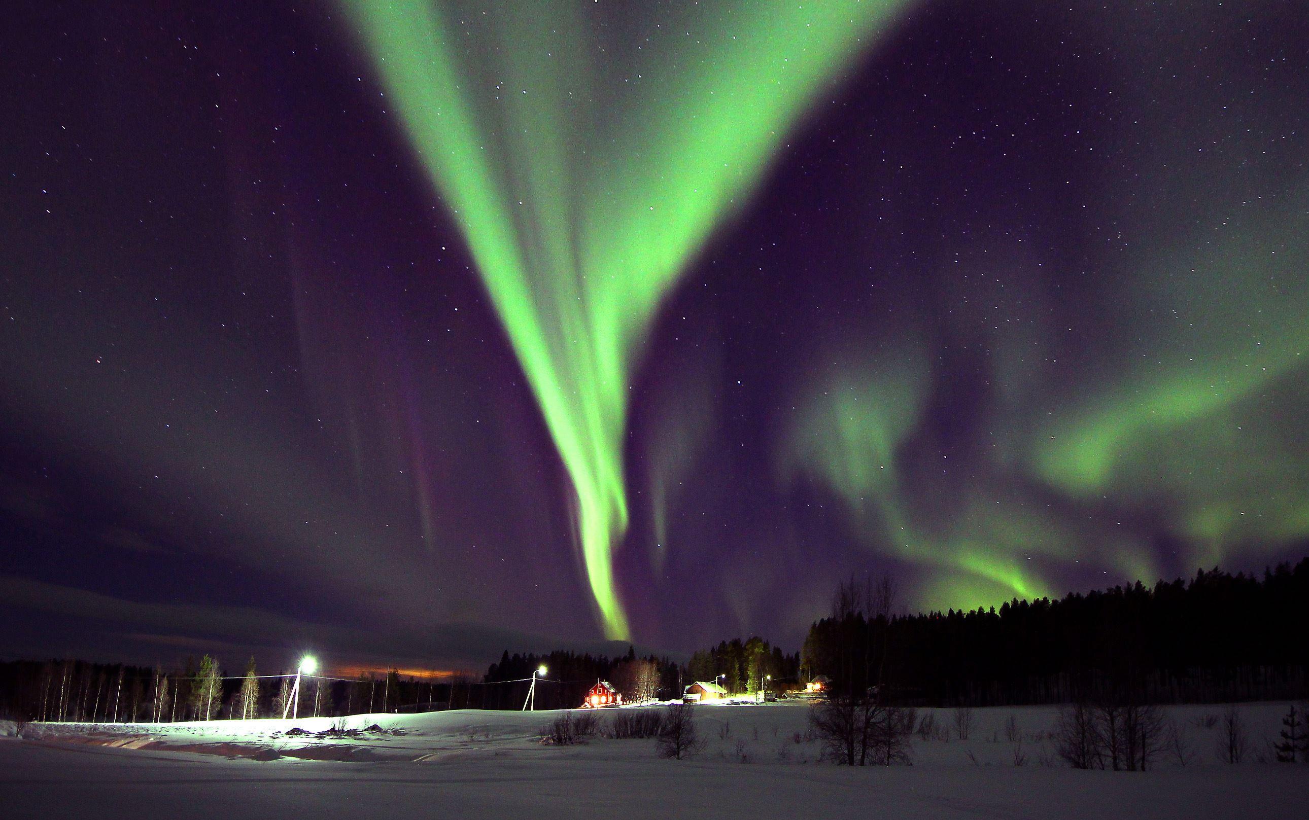 Aurora borealis over the village Tväråträsk
