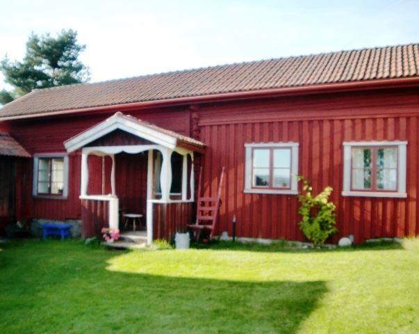 L410 Östra Rönnäs, 10,5 km Ö Leksand