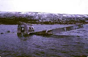 The aircraft wreckage in Grövelsjön