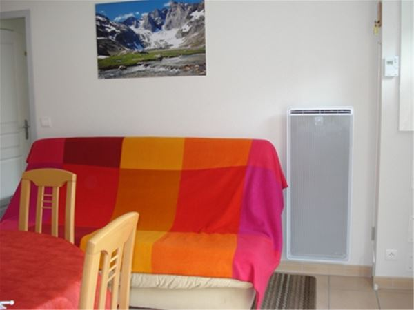 © © AUVRARD, AGM296-APPARTEMENT DANS RESIDENCE PRADA
