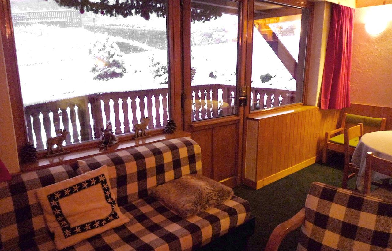 3 rooms 4 people ski-in ski-out / LES MELEZES 2 (mountain of charm)