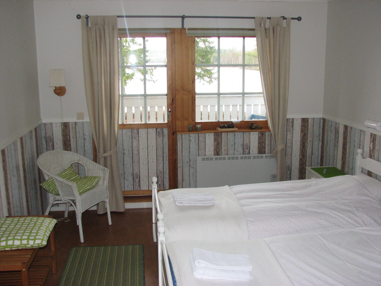 Ljusa fina sovrum på Edsleskogs Wärdshus i Dalsland