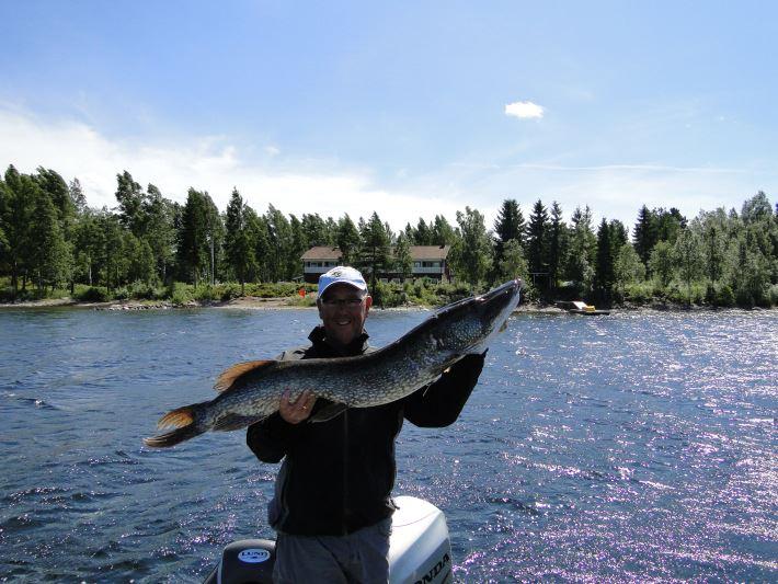 Bra gäddfiske precis utanför Edsleskogs Wärdshus i sjön Edslan