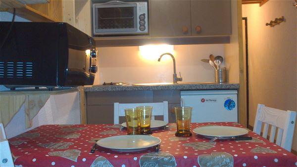 Lauzières 519 > studio + Cabine - 3 personnes - 2 Flocons argent (Ma Clé Immo)