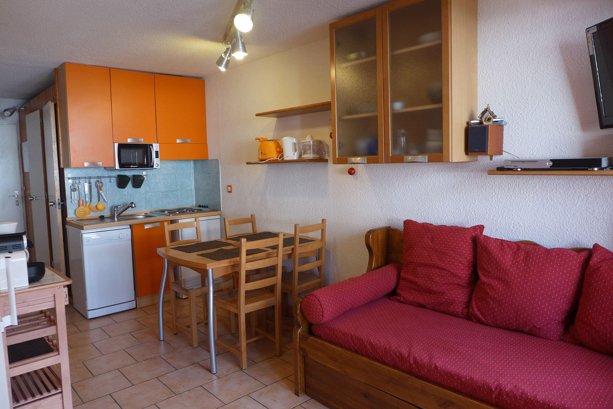Lauzières 620 > 2 rooms + cabin - 5 Persons - 3 Silver Snowflakes MCI