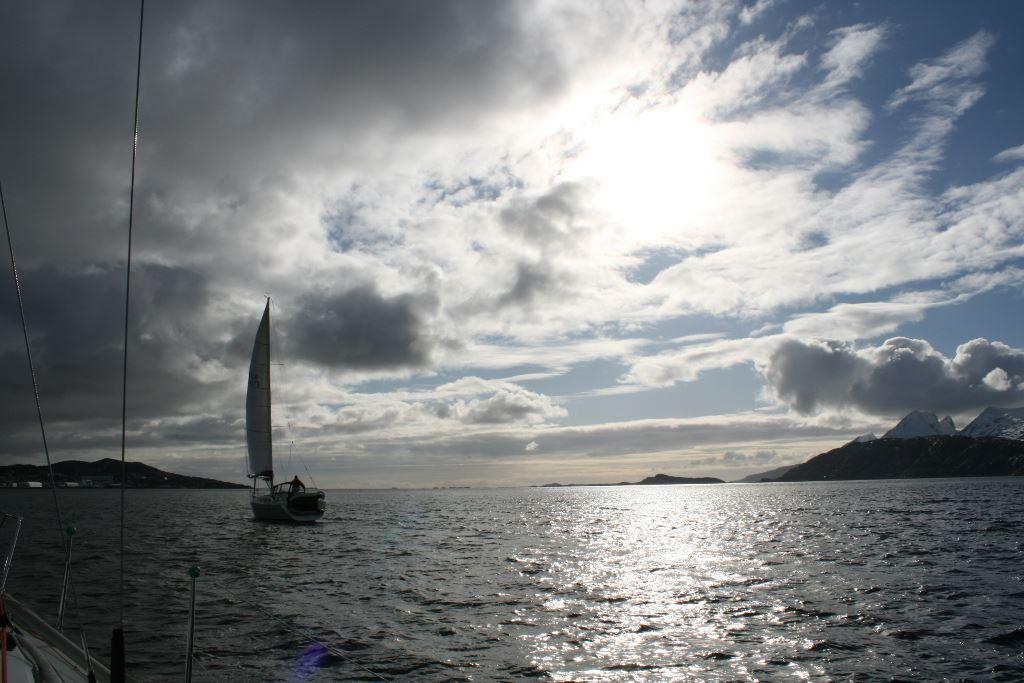 Seilturer med Arctic Circle Sail Charter