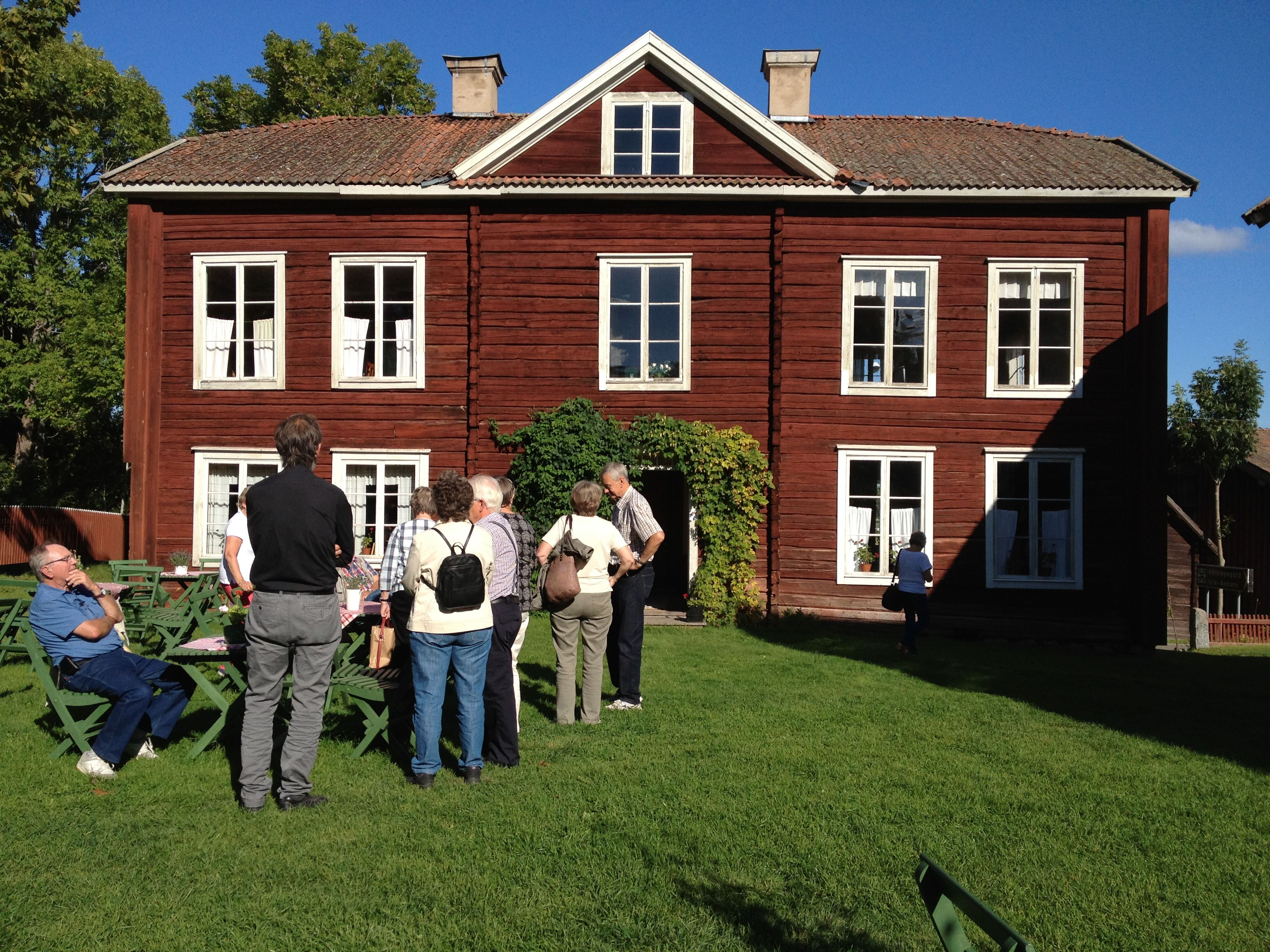Oneday guided bus tour to places in Hälsingland