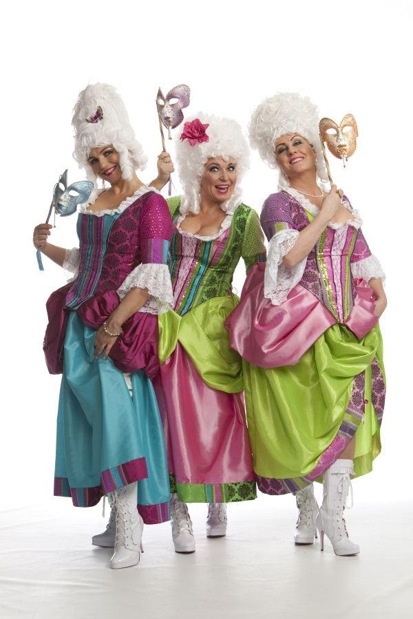 Tant Raffa - en rafflande show i fyra årstider