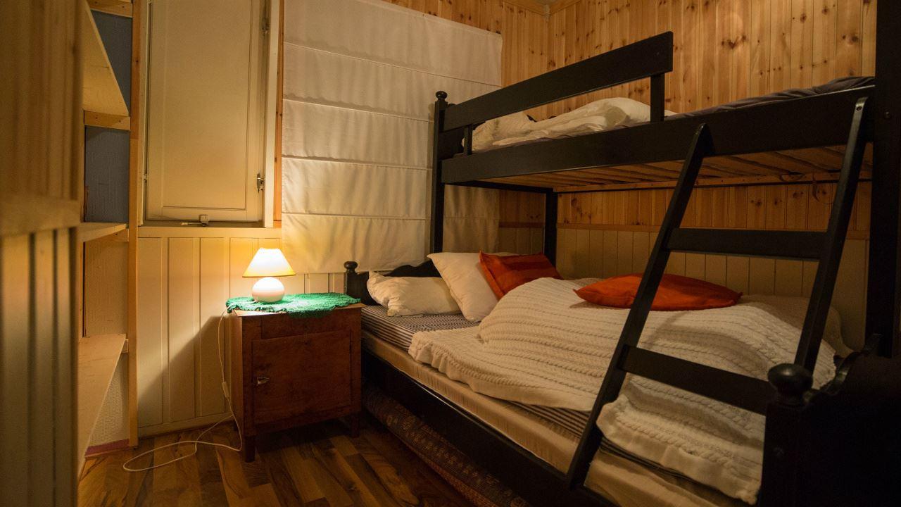 3 roms leilighet på Mørkved i Flakstad