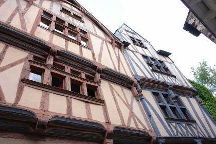 © lvan, rue Bossuet à Nantes , deux maisons médiévales à pans de bois