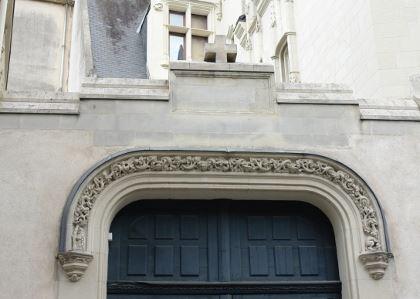 Hôtel Saint Aignan, rue Saint Jean à Nantes, maison médiévale en pierre de taille
